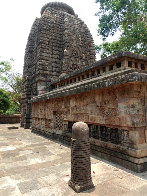 Amazing sahasralingas of Odisha